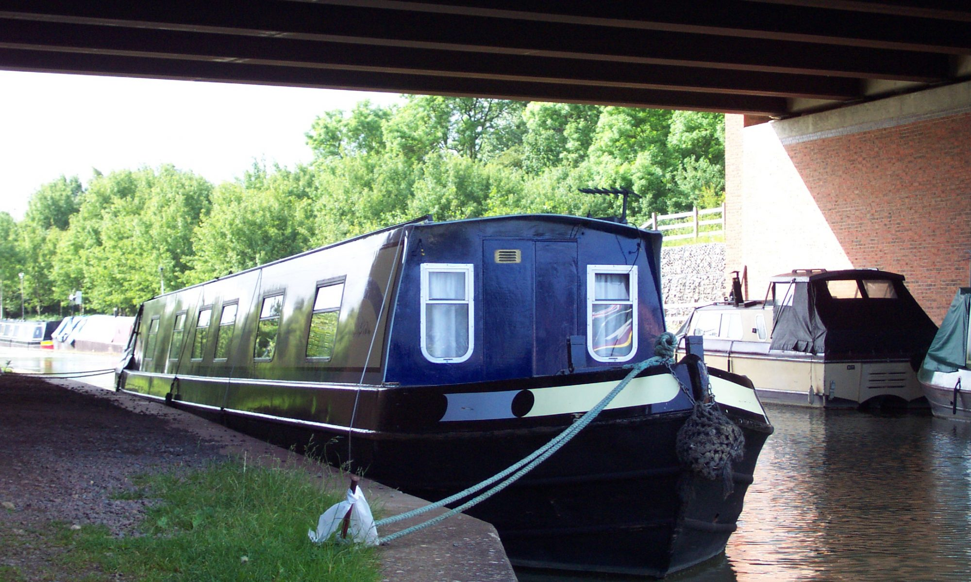 Narrowboat Pollyanna